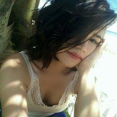 Lorenna  Farias