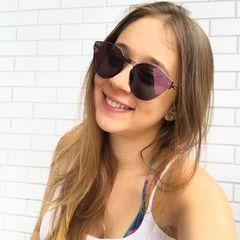 Larissa  Bussi