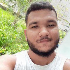 Marlon  Luna