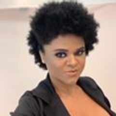 Professora Grazie Oliveira