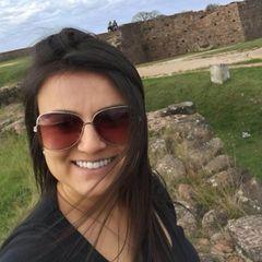 Suélen  Oliveira