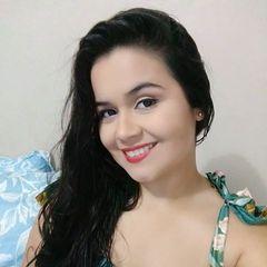 Thaís  Carvalho