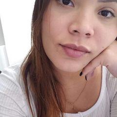 Letícia  Barro