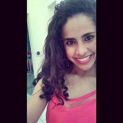 Isabele  Moraes