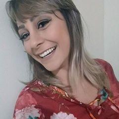 Elisangela Pires