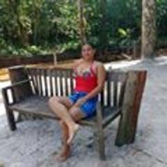 Hilda  Santos