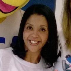 Selena  Oliveira