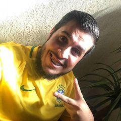 Adriano Barros de Souza