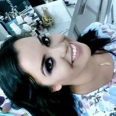 Cantora Camila Silva