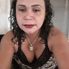 Elizabeth Dias  Dias