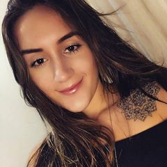 Isabella  Azzuz