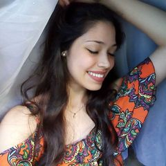 Lorena  Caroline