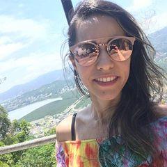 Polyanna Santos