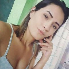 Iza Menezes