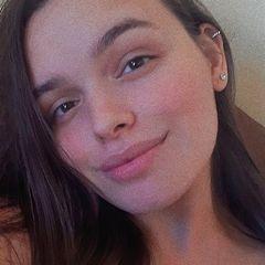Vicky  Lima