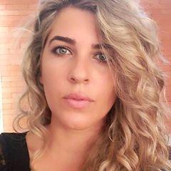 Elini Oliveira