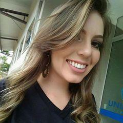 Lívia Nunes
