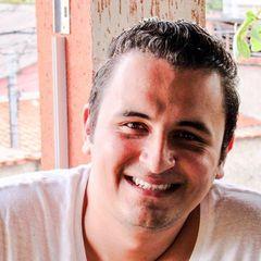 Victor  Lacerda