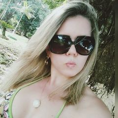 Adriana Oliver
