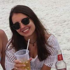 Caroline Cavelanha