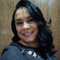 Flávia Menezes