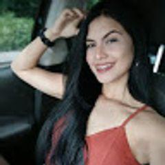 Gabriela Cr.