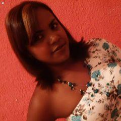 Jaqueline Araujo
