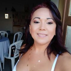 Emília Mello Mello