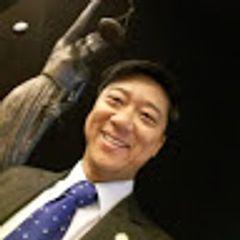 Prof. Eduardo Tanaka