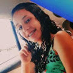 Andressa Neves Lopes