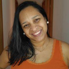 Professora Claudia Tenório