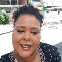 Carla Bonfim Magalhães
