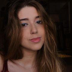 Yasmin Tostes