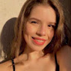 Tayna Souza